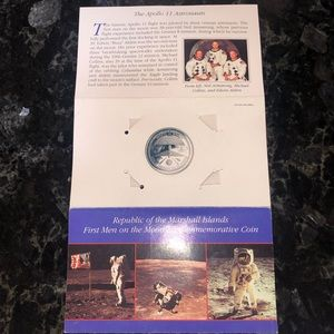 FIRST MEN ON THE MOON $5 COMMEMORATIVE COIN SILVER